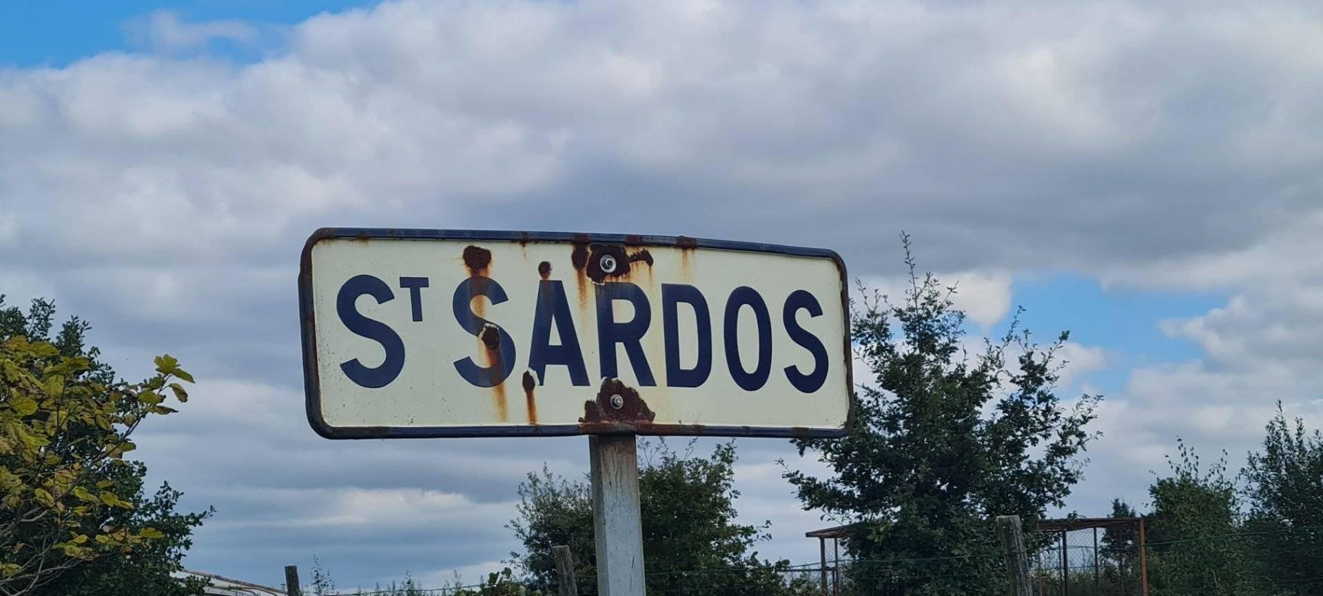 1 46 Saint-Sardos